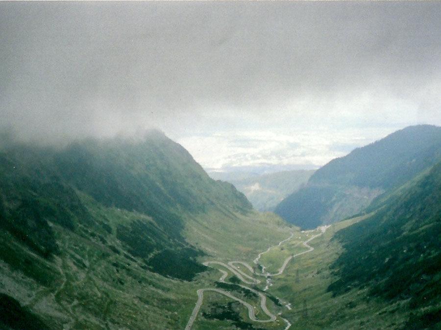 Way up to Balea Lac
