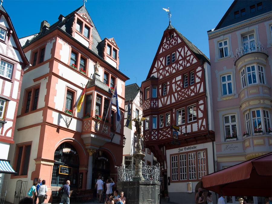 Mosel Kurzurlaub: Bernkastel Altstadt